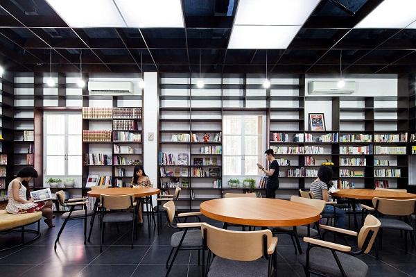 Du học SVIC - Thư viện tại Nhật